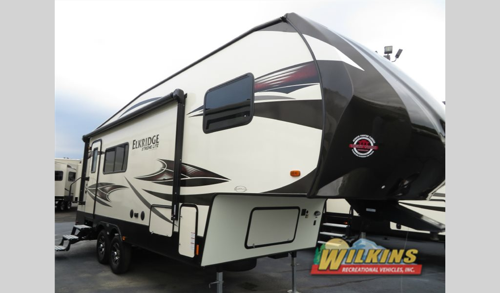 New 2017 Heartland Elkridge Xtreme Light E255