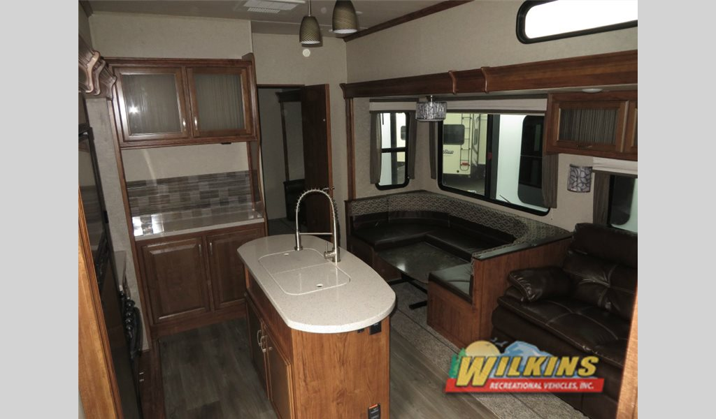 Heartland Sundance 3700RLB Bunkhouse Fifth Wheel