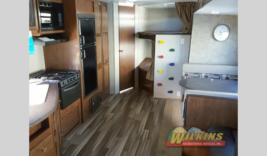 Coachmen Freedom Express Bunkhouse Travel Trailer RV Interior