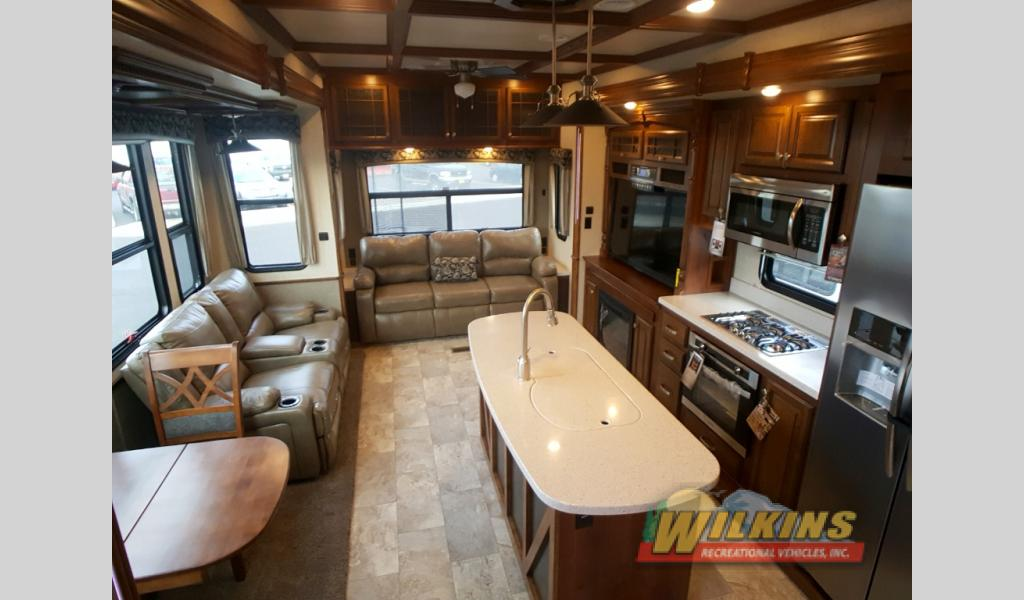 Heartland Bighorn And Bighorn Traveler Fifth Wheels Which Is Right For You Wilkins Rv Blog