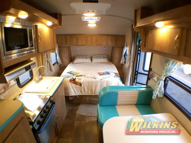 Wilkins RV Vintage Camper Show Vintage Cruiser Interior