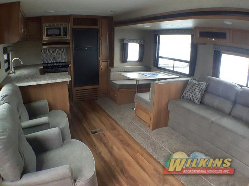 Coachmen Catalina Legacy Edition Travel Trailer Interior