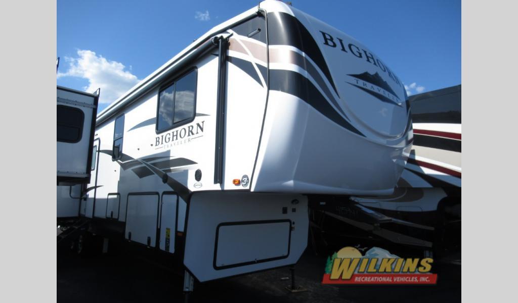 Bighorn Traveler fifth wheel for sale
